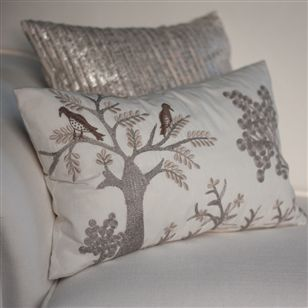 Embroidered cushion bird illustration au maison soft for Au maison cushion