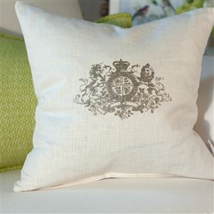 Linen cushion monogram motif au maison soft for Au maison cushion